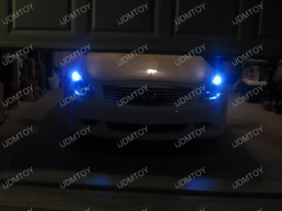 Infiniti - G35 - blue - LED - parking - lights - 2